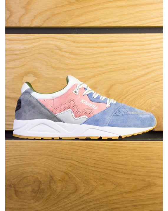 """Karhu Aria """"Spring Festival Pack"""" - Muted Clay Moonlight"""
