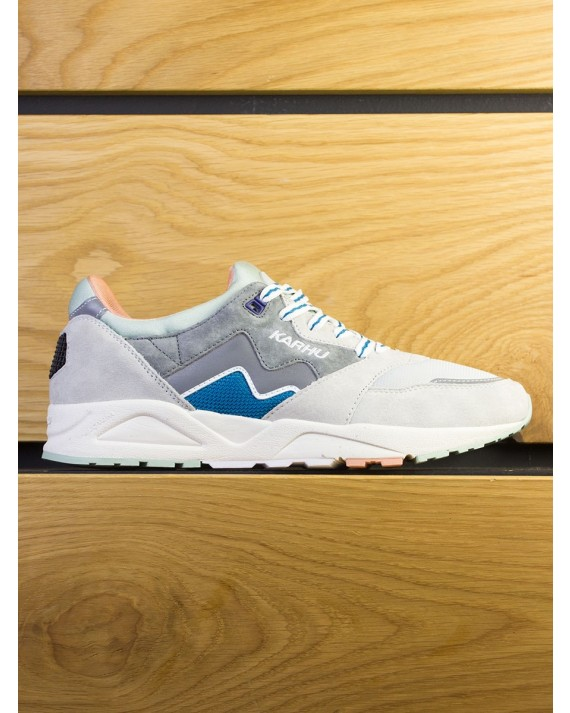 "Karhu Aria ""Monthless Pack"" - Wild Dove Lunar Rock"