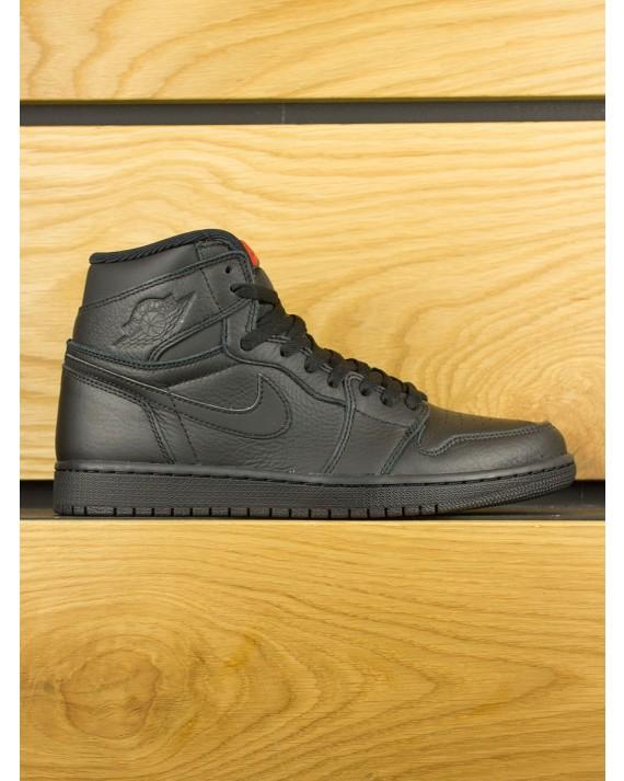 Nike Air Jordan 1 Retro High OG - Black University Red