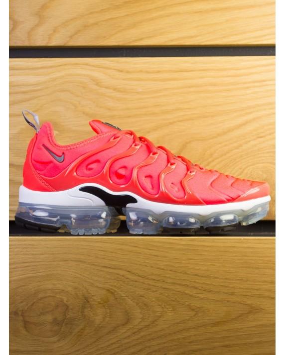 Nike Air Vapormax Plus - Bright Crimson Black White