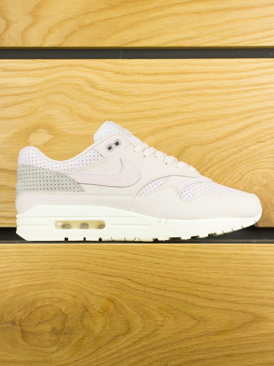 new product d8c3d 7e6d2 NikeLab Air Max 1 Pinnacle - Silt Red Arctic Pink