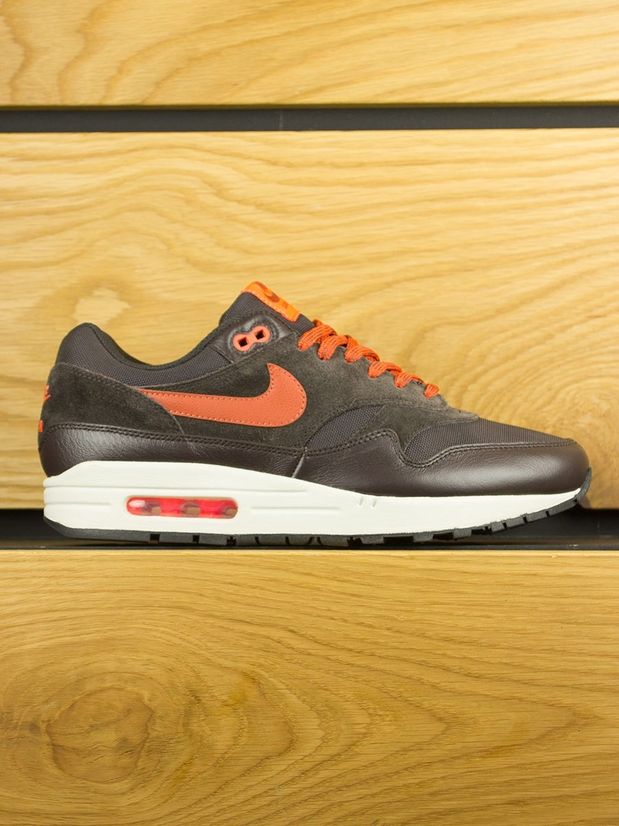 meet 838ee 43726 ... italy nike air max 1 premium velvet brown dusty peach 276f7 5f9e2