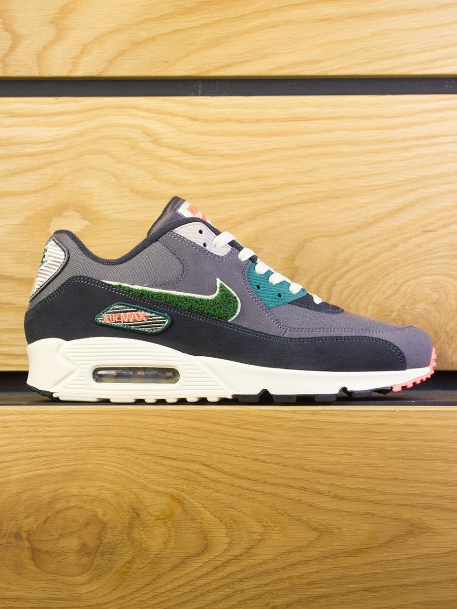 Nike Air Max 90 Premium SE - Oil Grey Rainforest 24a89e1e6