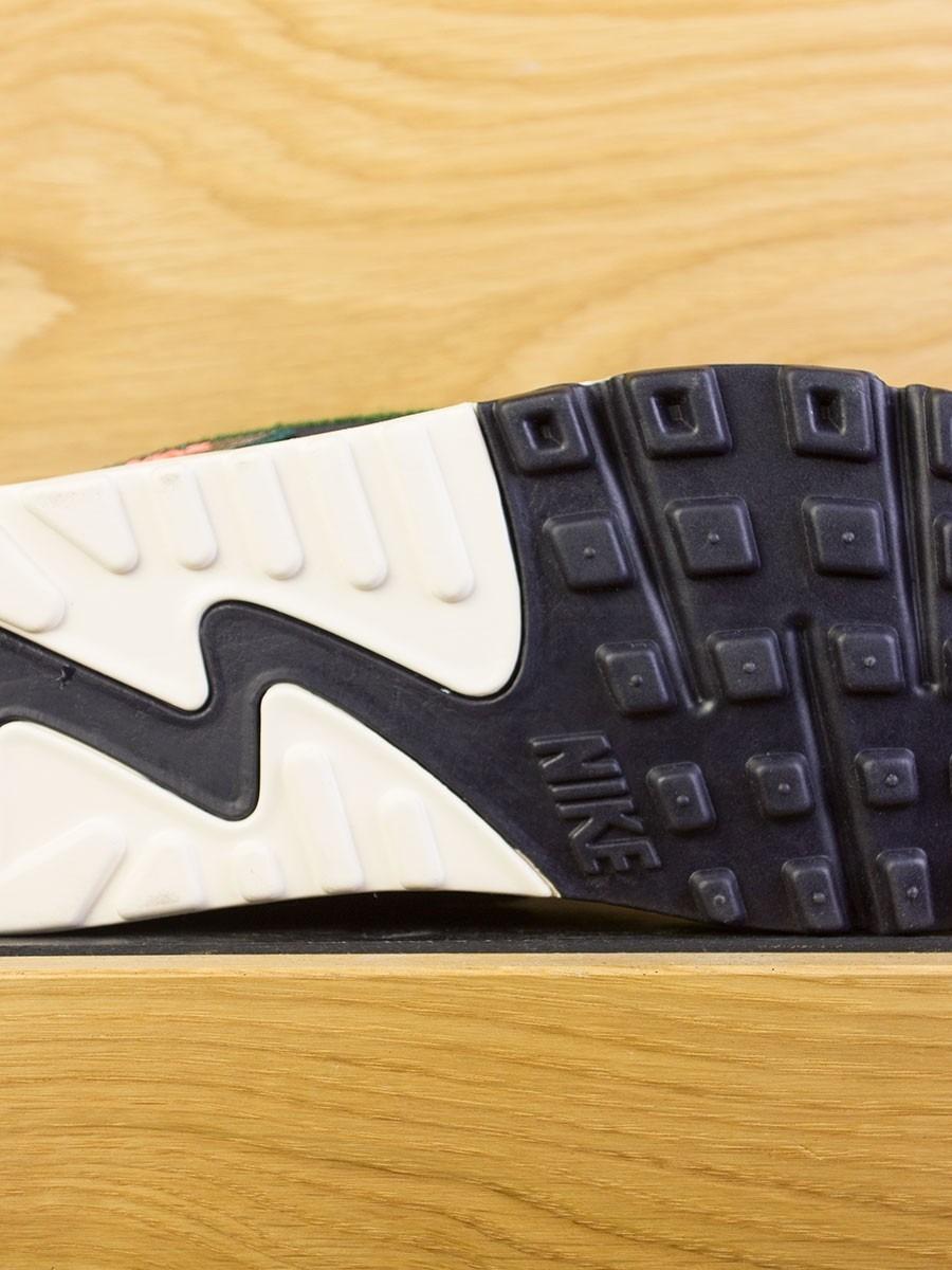 Nike Air Max 90 Premium SE - Oil Grey Rainforest add1a6d06