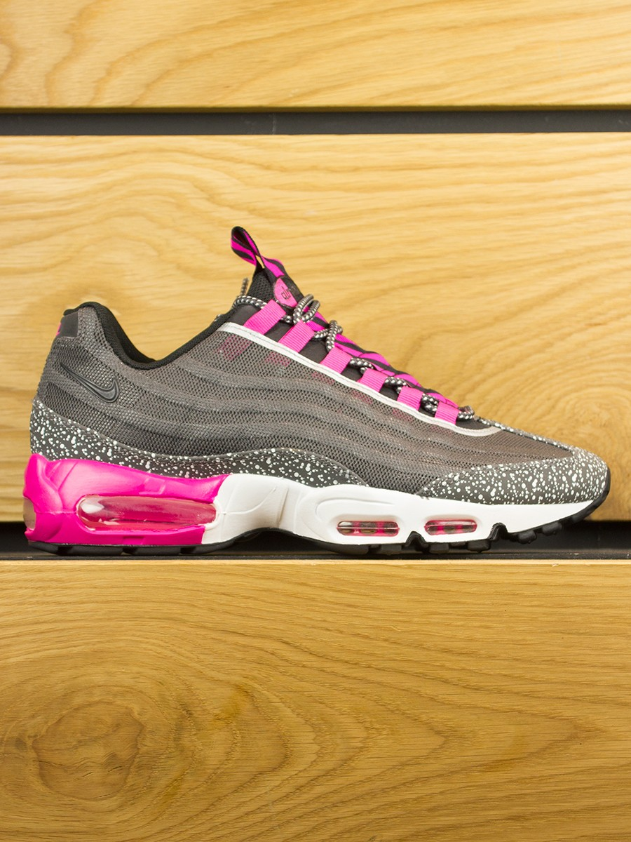 outlet store d9f46 b4d84 air max 95 black pink