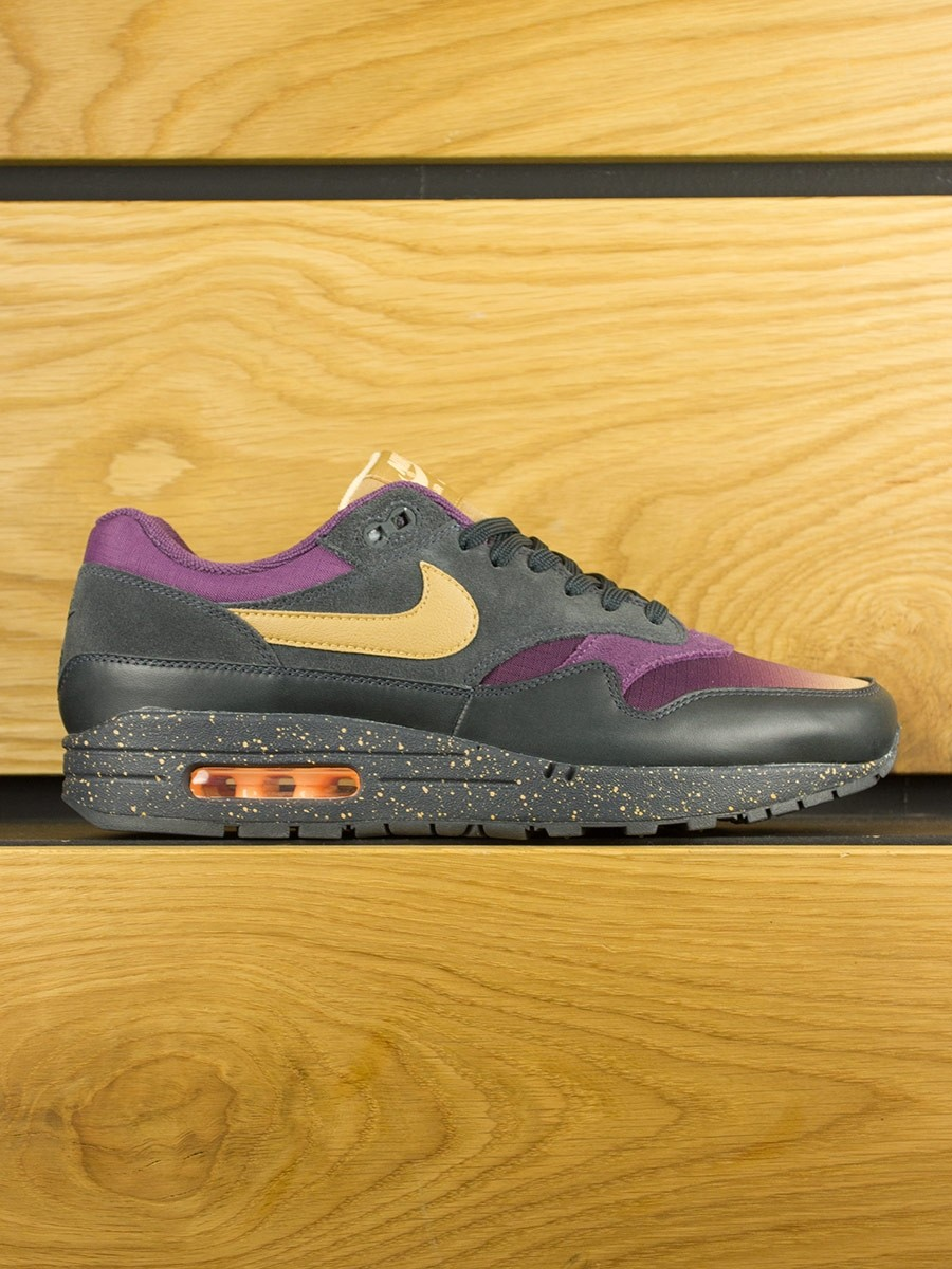 9d6f5039cad2 Nike Air Max 1 Premium  Fade  - Anthracite Elemental Gold