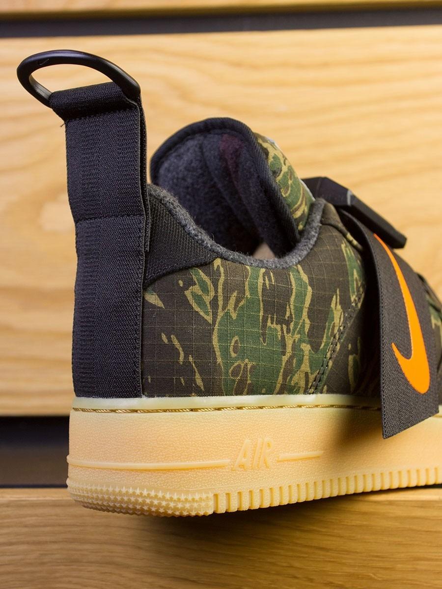 Nike x Carhartt WIP Utility Low Premium - Camo Green Total Orange 4ee7d77dc