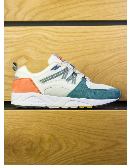 "Karhu Fusion 2.0 ""Track & Field Pack PT 2"" - Silver Birch Shaded Spruce"