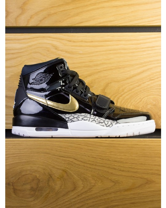 Nike Air Jordan Legacy 312 x DON C - Black Metallic Gold White