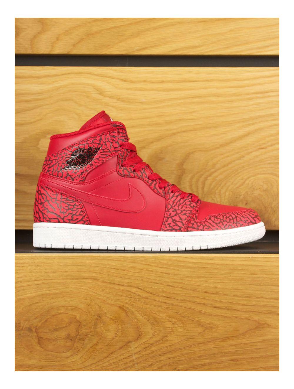 uk availability 8e56b 78722 Nike Air Jordan 1 Retro High 'Un-Supreme' Cement - Red