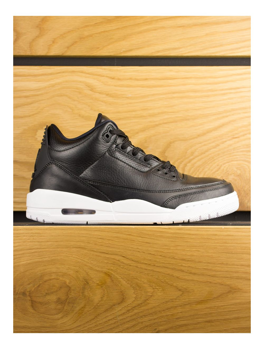 official photos 3e846 8add7 Nike Air Jordan 3 Retro - Cyber Monday