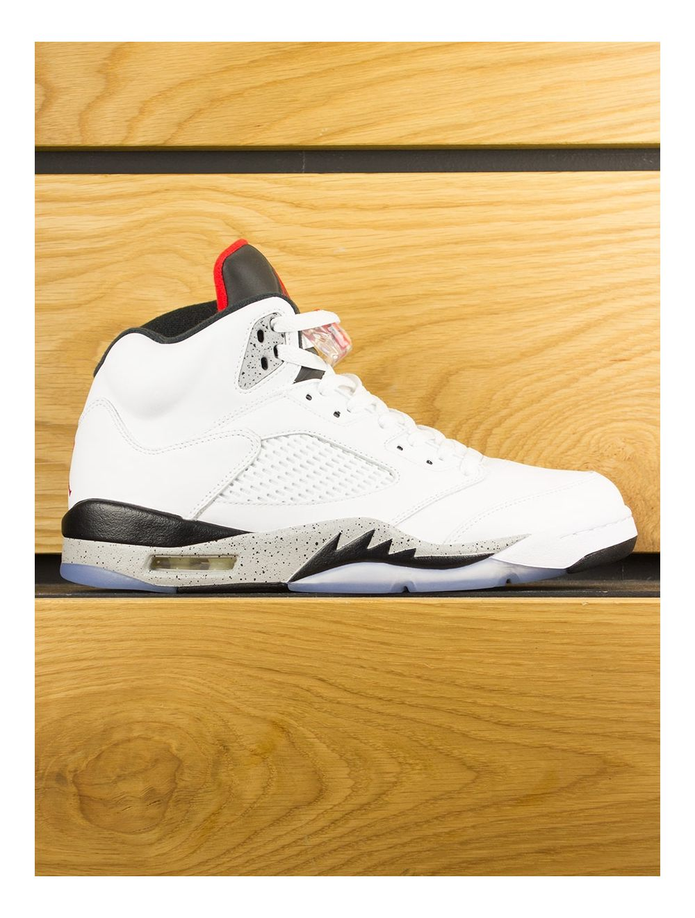 sneakers for cheap 0c396 255eb Nike Air Jordan V Retro
