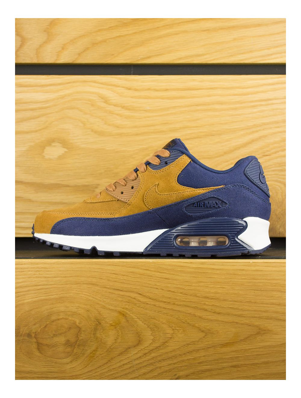 super popular bd7e4 f7523 Nike Air Max 90 Premium - Ale Brown